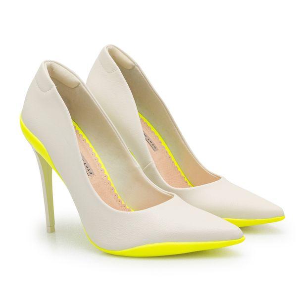 Scarpin-Napa-Pele-Nude-Porcelana-e-Sola-Amarelo-Neon