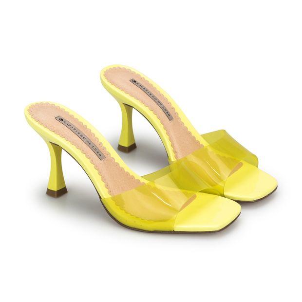 Tamanco-Vinil-Verniz-Yellow